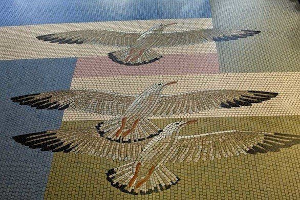 la-trb-california-long-beach-airport-mosaics-2-001.0.0